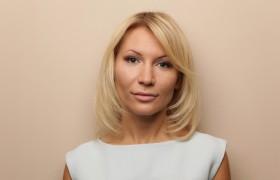 Алёна Попова